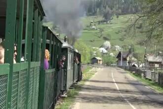 Doi turiști din Austria au făcut o donație specială, după ce s-au plimbat cu Mocănița