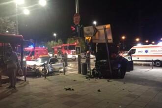 Accident grav în Cluj: 5 răniţi. O șoferiță a trecut pe culoarea roşie a semaforului