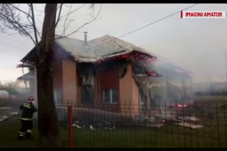 Grădiniță cuprinsă de flăcări în Vâlcea. Ce au descoperit pompierii în interior