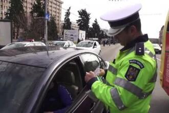 Răspunsul MAI pentru un şofer amendat fiindcă a claxonat o tânără care îi plăcea
