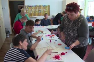 Cât de puţin ajută statul român suferinzii de autism.