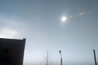 Momentul în care explozia unui meteorit uriaș provoacă panică printre oameni. Ce spun martorii