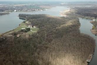 Rezervația naturală Snagov, distrusă pentru proiecte imobiliare. Cum se negociază