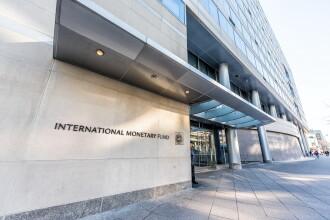 FMI înrăutăţeşte perspectivele economiei mondiale pe fondul incertitudinilor privind Brexit