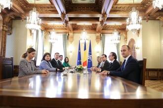 Consultări la Cotroceni. Cu ce propuneri de premier au venit partidele la Klaus Iohannis