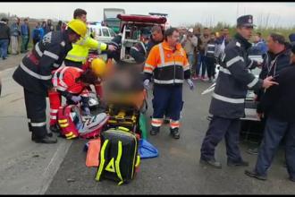 Accident în Dâmbovița. A rănit 7 oameni în timp ce venea de la o înmormântare