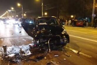 Patru tineri răniți și trei mașini distruse în Mamaia. Manevra unui șofer de 19 ani