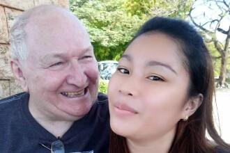 S-a căsătorit cu un bărbat cu 48 de ani mai mare cunoscut pe Facebook. Ce spune despre relație