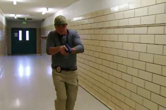 20 de ani de la masacrul de la liceul Columbine. Cum sunt apărați acum elevii