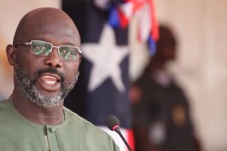 Biroul preşedintelui Liberiei, fostul fotbalist George Weah, a fost invadat de şerpi