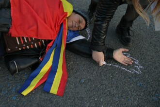 Protest inedit în Piaţa Victoriei după adoptarea modificărilor la Codurile Penale