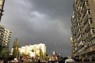 Cod galben de furtuni și ploi torențiale în noaptea de Înviere