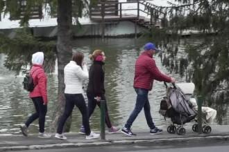 Zi de Paște ploioasă pentru turiști, la munte. Au rămas în hotel, la mâncare și relaxare