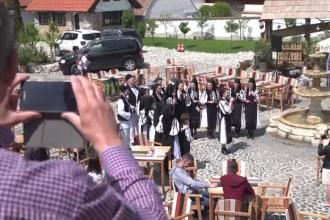Satele românești care au cucerit turiștii. Au sărbătorit Paștele cu tradiții autentice
