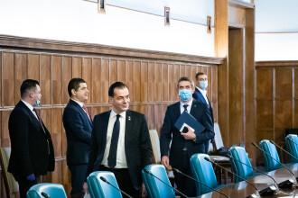 Guvernul a aprobat un stimulent financiar pentru medicii care luptă cu Covid-19. Care este valoarea acestuia