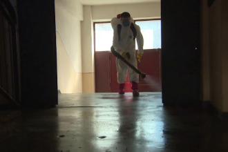 Probleme cu dezinfectarea scărilor de bloc. Primarii spun că prețurile s-au triplat