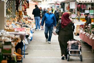 Austria iese din pandemie: mii de magazine și grădini publice se redeschid