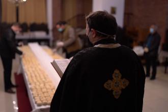 Au început pregătirile de Paște în parohii. Cum se organizează oamenii Bisericii