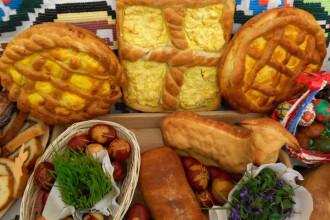 Mulți români au început deja aprovizionarea pentru masa de Paște. Care sunt cele mai căutate produse
