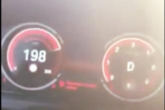 """S-a filmat conducând cu 200 de km/h. """"Dau 300 € și iau permisul înapoi"""""""