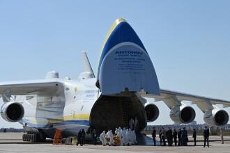 Cea mai mare aeronavă din lume a adus echipamente medicale în Ucraina din China. GALERIE FOTO
