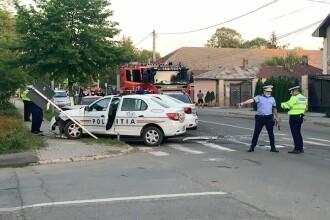 Un șofer a făcut prăpăd în Călărași. A lovit mai multe mașini, iar polițiștii care-l urmăreau s-au tamponat