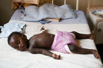 """""""Africa va regresa 20 de ani în lupta contra malariei"""". În acest an ar putea fi un număr uriaș de victime"""