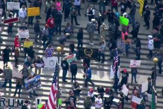 Americanii protestează pentru reluarea activităților economice. Aproape 27 de milioane sunt șomeri