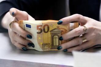Te poți infecta cu coronavirus dacă atingi bancnotele euro? Ce spune un oficial al Băncii Centrale Europene