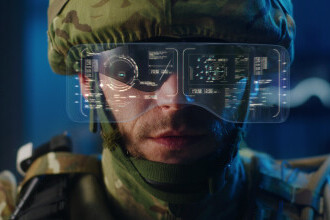 Microsoft va vinde armatei SUA căști de realitate augumentată. La ce vor fi folosite