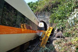 Un tren a deraiat în Taiwan. Cel puțin 48 de persoane au murit