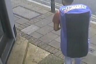 Ucigaș surprins în timp ce căra într-o geantă sport cadavrul dezmembrat al victimei sale. Ce le-a spus polițiștilor