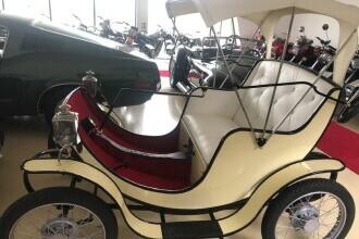Unde a ajuns una din primele mașini electrice din lume, primită cadou în 1977 de Nadia Comăneci GALERIE FOTO