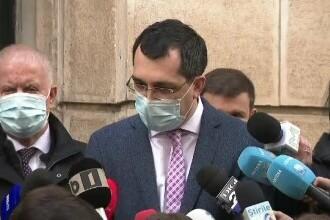 Vlad Voiculescu şi-a cerut scuze după a insistat în mod greşit că persoanele decedate cu COVID nu se înmormântează fără haine
