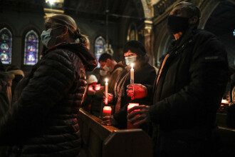 Slujba de Florii și de Paște în 2021. Ce reguli trebuie să respecte românii în noaptea de Înviere