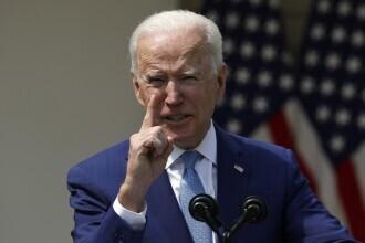 """Primele măsuri pentru controlul armelor, în SUA. Biden: """"Gata cu rugăciunile. E timpul să treacă la acţiune"""""""