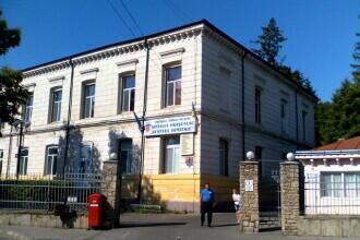 Centrul de Primiri Urgențe Târgu Neamț, blocat după ce calculatoarele s-au virusat de pe site-uri pentru adulţi