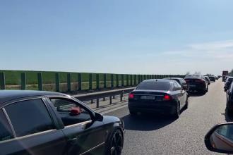 Trafic intens pe A2 Bucureşti - Constanţa spre sensul către Capitală. Coloane de maşini de aproape 2 kilometri