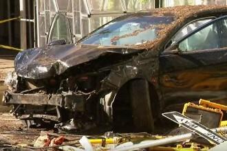 Accident în Târgoviște. Autoturismul unui tânăr a fost izbit în plin de o mașină de teren