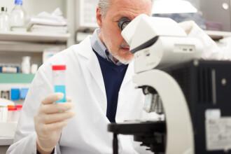 Cercetătorii, optimiști în privința unui vaccin care tratează bolile terminale, datorită noii tehnologii ARNm