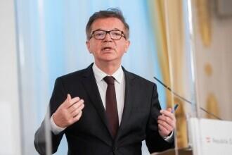 Ministrul austriac al Sănătăţii și-a anunțat demisia, spunând că este surmenat în contextul pandemiei