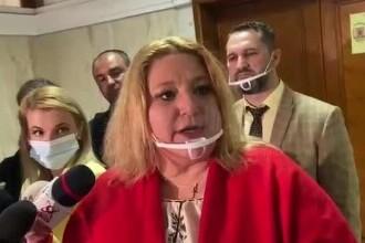 VIDEO. Scandal cu Diana Șoșoacă în Parlament. Senatoarea a cerut ajutor la 112
