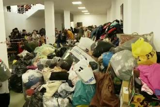 Ajutoare de peste 350.000 lei pentru oamenii rămași fără adăpost, după ce 25 de case au ars într-un incendiu