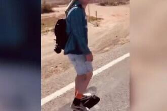 Un tânăr a traversat Australia pe skateboard, de la sud la nord. Povestea lui Tom Drury