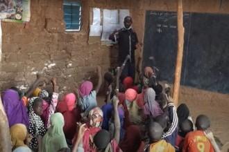 Tragedie în Africa. Cel puțin 20 de copii au murit într-un incendiu izbucnit la o școală din Niger