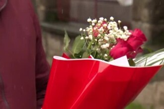 Andreea Moldovan a fost așteptată cu flori la spital, după ce a fost demisă de Cîțu