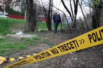 Un bărbat din Iași a descoperit două pistoale într-un rucsac aruncat lângă o ghenă de gunoi