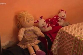 Scene dramatice în Cluj. O femeie și copiii ei, găsiți grav răniți în propria casă