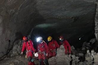 Exercițiu spectaculos de salvare în Munții Apuseni. Misiunea la care au participat 20 de oameni