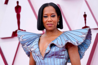 Starurile cel mai bine îmbrăcate la Gala Oscar 2021. GALERIE FOTO